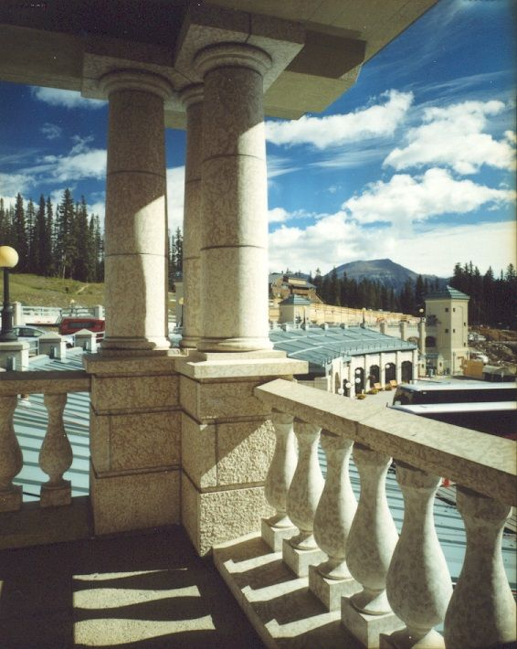 Chateau Lake Louise Spindle Balcony